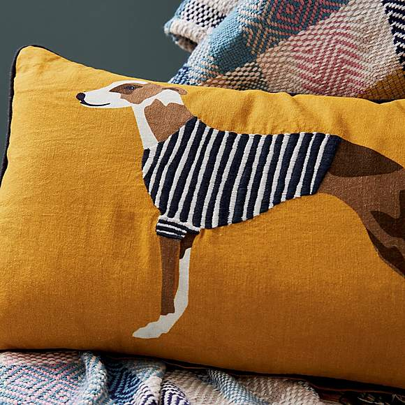 HARBOUR DOGS CUSHION ANTIQUE GOLD
