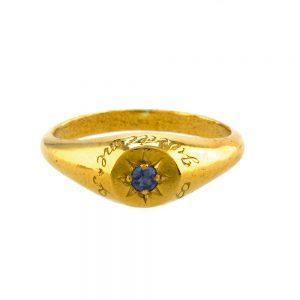 BLUE SAPHIRE SIGNET RING GOLD