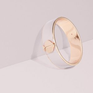 HERITAGE SPADE THICK GOLD BANGLE - NUDE