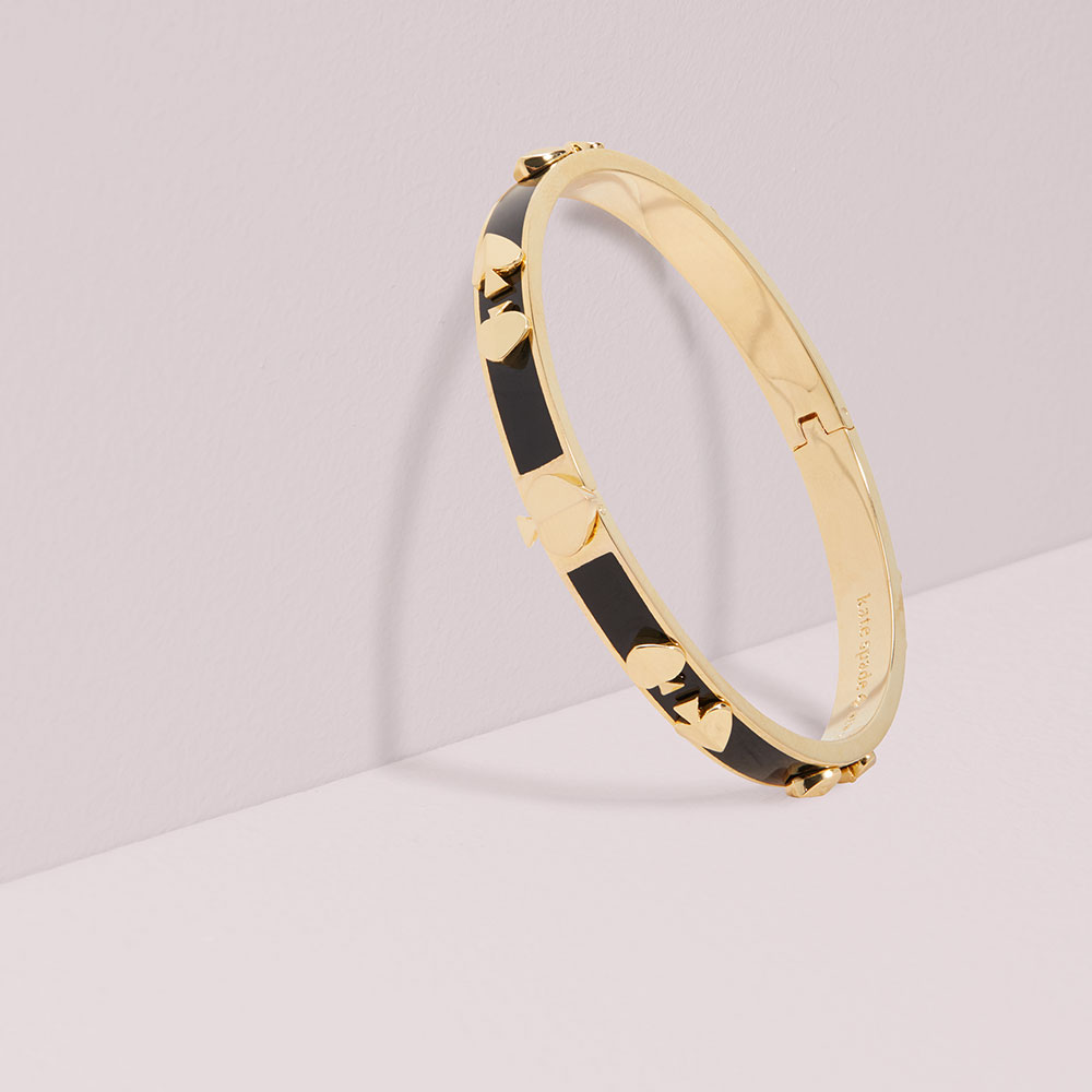 HERITAGE SPADE ENAMEL BLACK BANGLE - GOLD