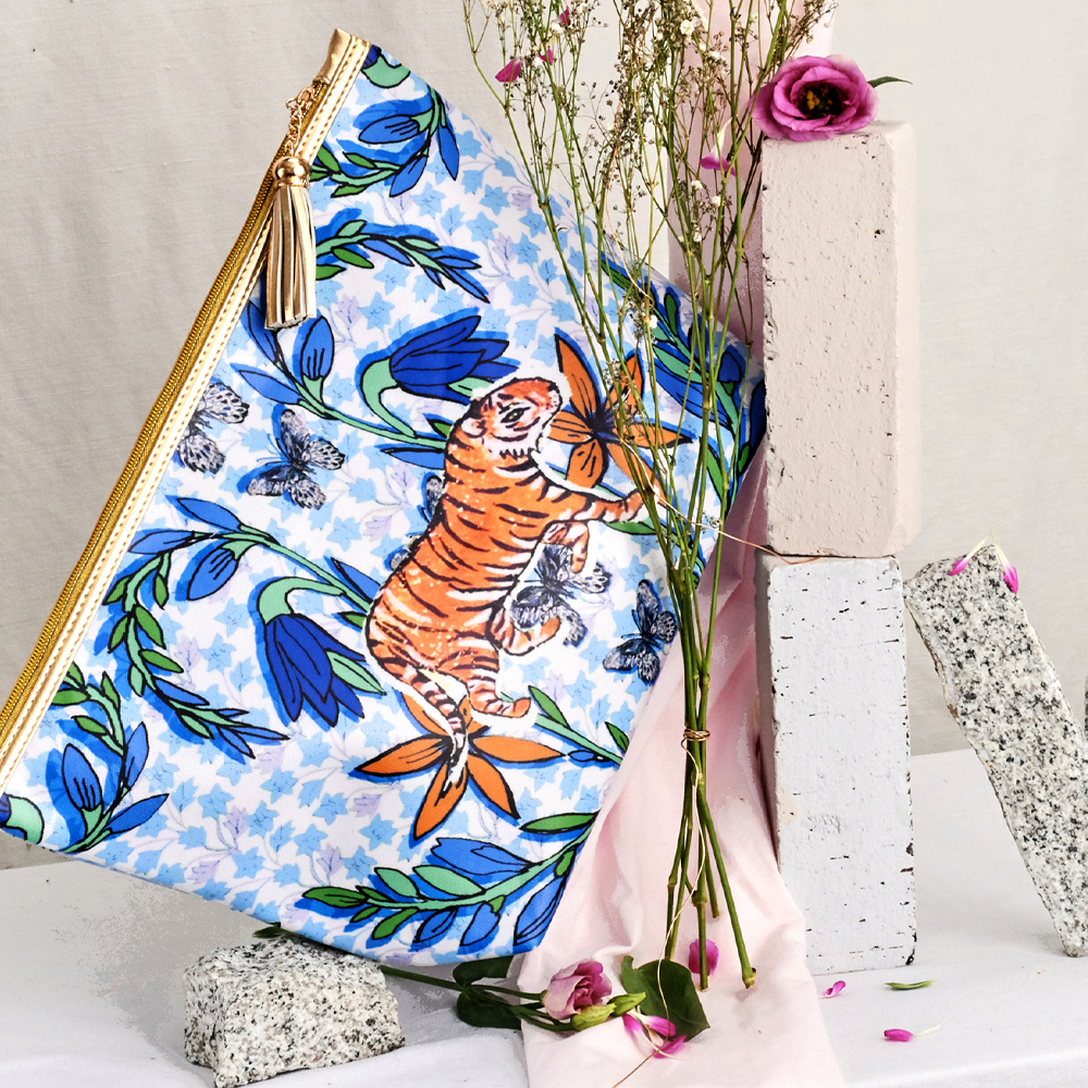 Giant Wash Bag / ''The Mexican Tiger''