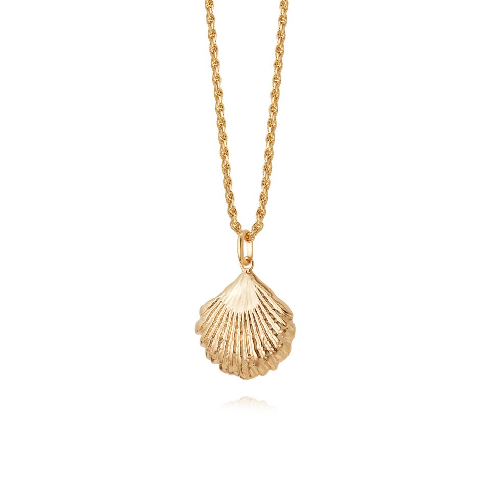 LARGE SHELL NECKLACE GOLD