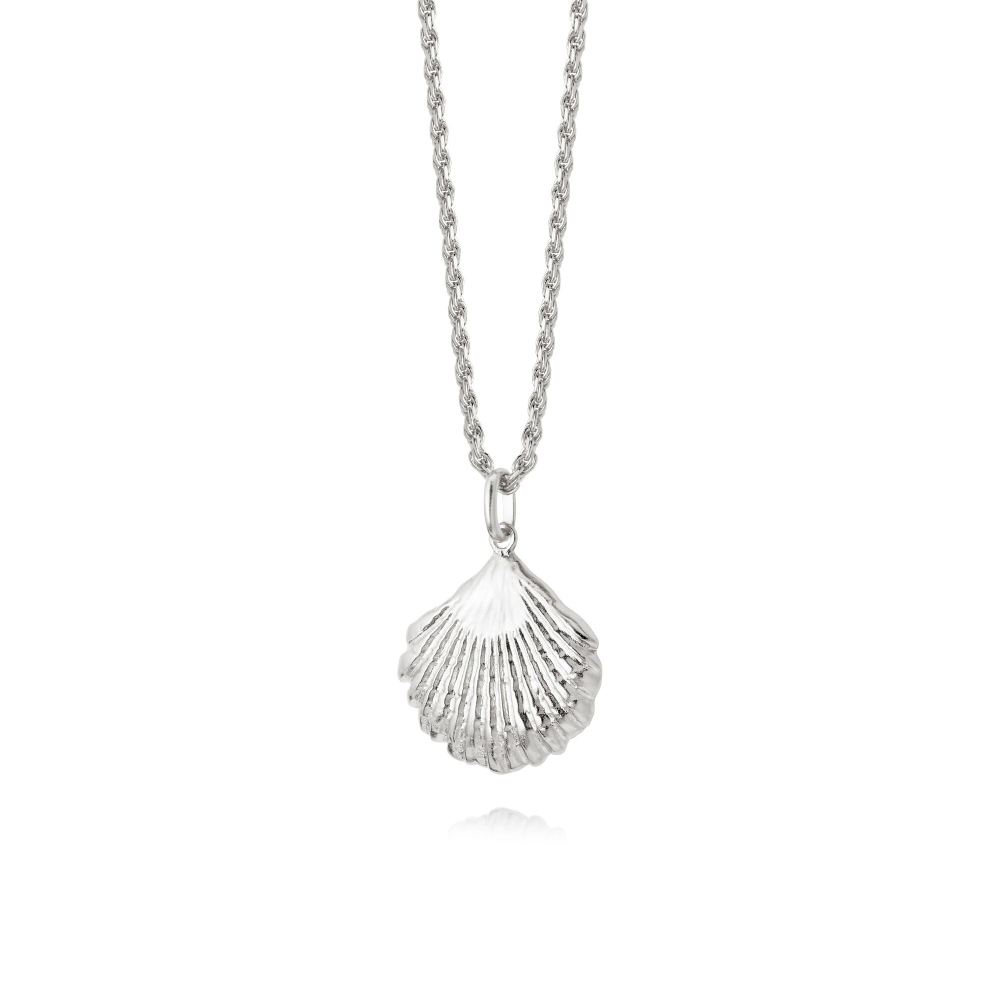 LARGE SHELL NECKLACE SILVER