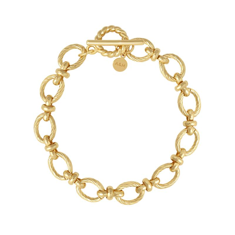 TEXTURED OVAL LINK BRACELET GOLD